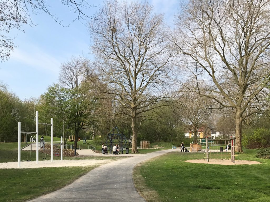 Luisenpark fertiggestellt – Stadt erinnert an Leinenpflicht