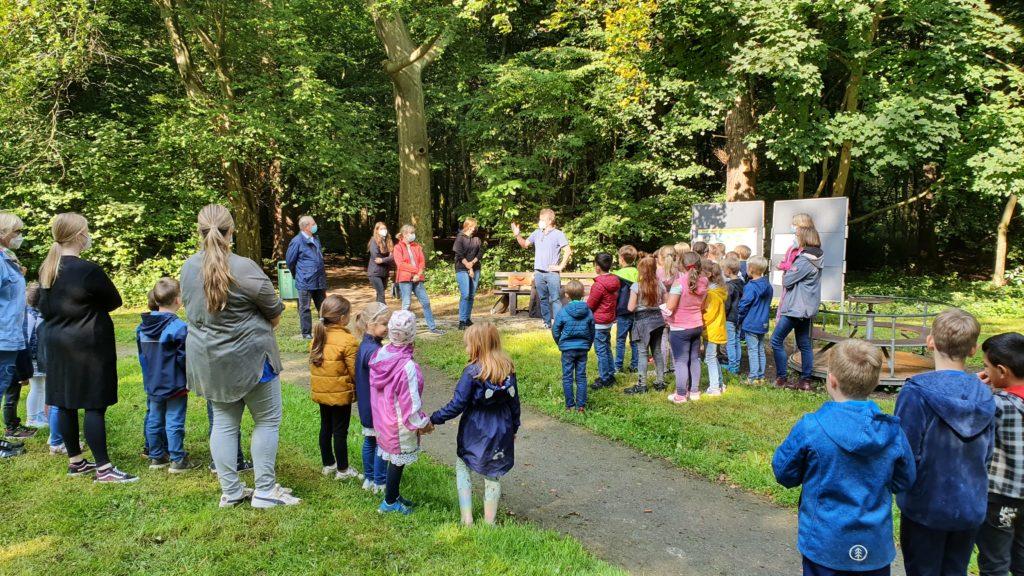 Kinder reden mit, wie das Grüne Klassenzimmer aussehen soll
